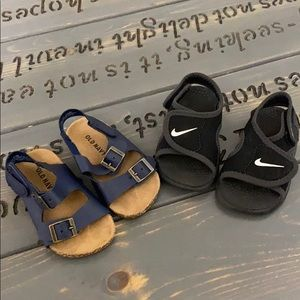 Old navy size 12-18 months & Nike size 4 infant